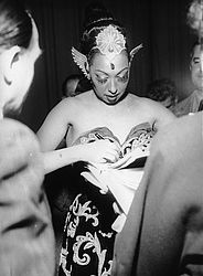 Josephine Baker at the Deutsches Theater in Munich, 1953 | © BSB/ Image archive
