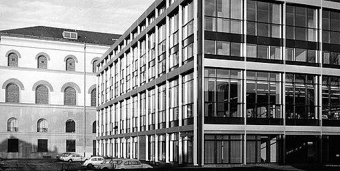 Bayerische Staatsbibliothek, annex from southeast. Photography around 1968 | © BSB/ Image Archive