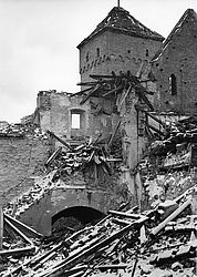 Nuremberg castle – damage through bombing, 1945 | © BSB/ Image archive