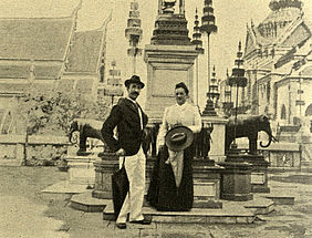 Cäcilie von Rodt in the palace district of Bangkok | © BSB/ Image Archive