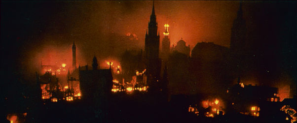 Munich burning – bombing raid in 1944 | © BSB/ Image archive