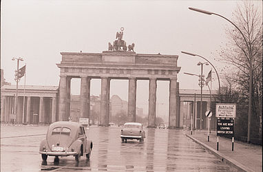 Berlin shortly before the erection of the wall (1960) | © BSB/ STERN Photo Archive/ Fred Ihrt